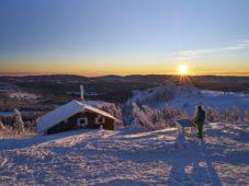 22.01.2016: Winterbilder Grofler Arber, Zwieseler H¸tte und Informationstafel Alpenblick im letzten Licht - © Marco Felgenhauer / Woidlife Photography